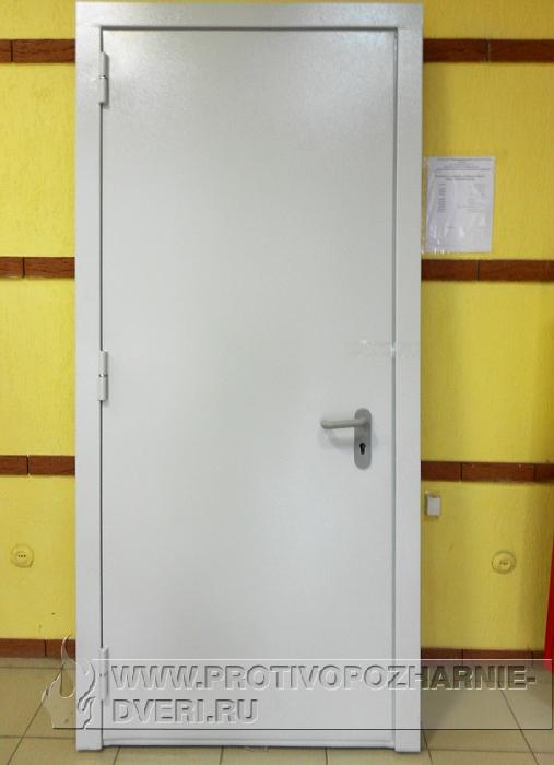 железные двери дешево на лестничную клетку